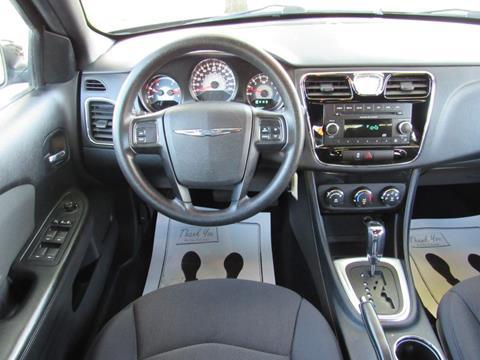 2013 Chrysler 200
