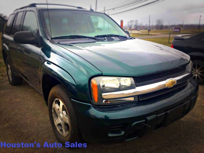 2005 Chevrolet TrailBlazer LS 4WD 4dr SUV - North East PA