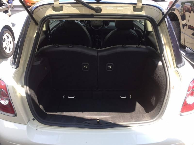 2011 MINI Cooper 2dr Hatchback - Murfreesboro TN