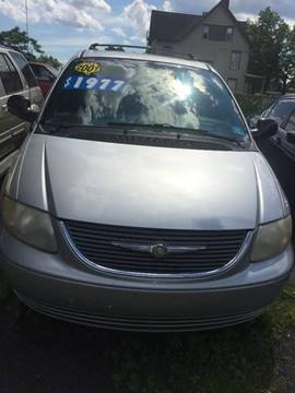 2001 Chrysler Town and Country for sale in Plainfield, NJ