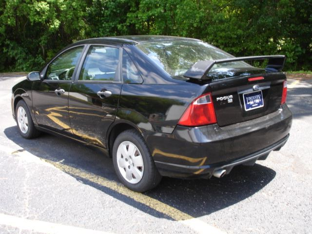 2007 Ford Focus ZX4 SE 4dr Sedan - Charleston SC