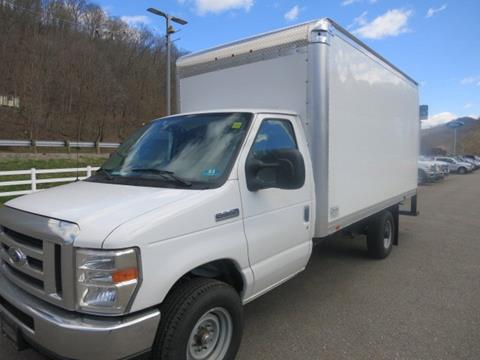 2016 Ford E-Series Chassis for sale in Chapmanville, WV