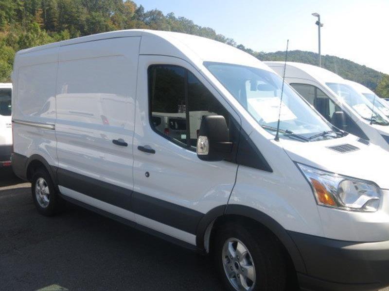 2017 Ford Transit Cargo 150 3dr SWB Medium Roof Cargo Van w/Sliding Passenger Side Door - Chapmanville WV