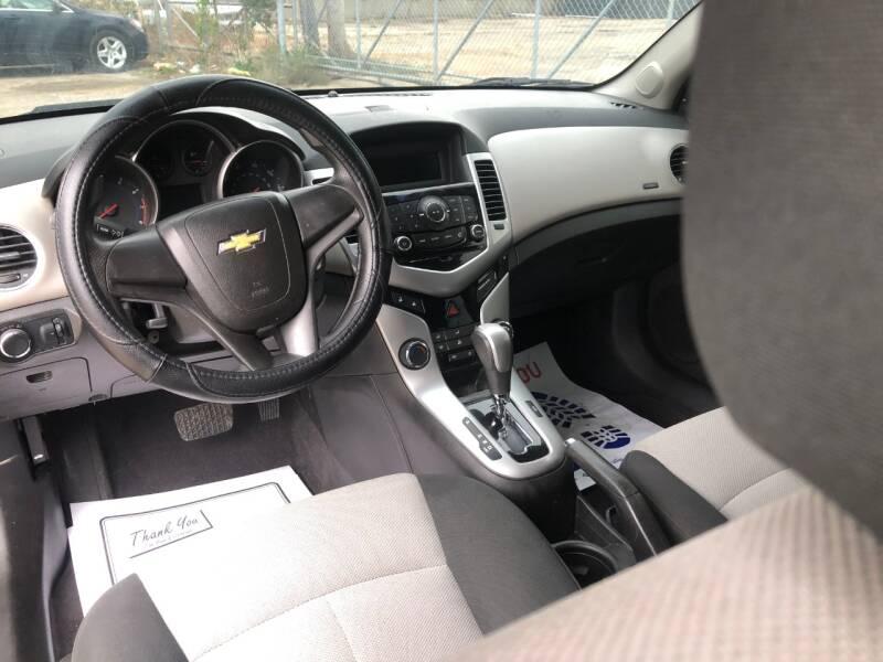 2011 Chevrolet Cruze LS 4dr Sedan - Cincinnati OH