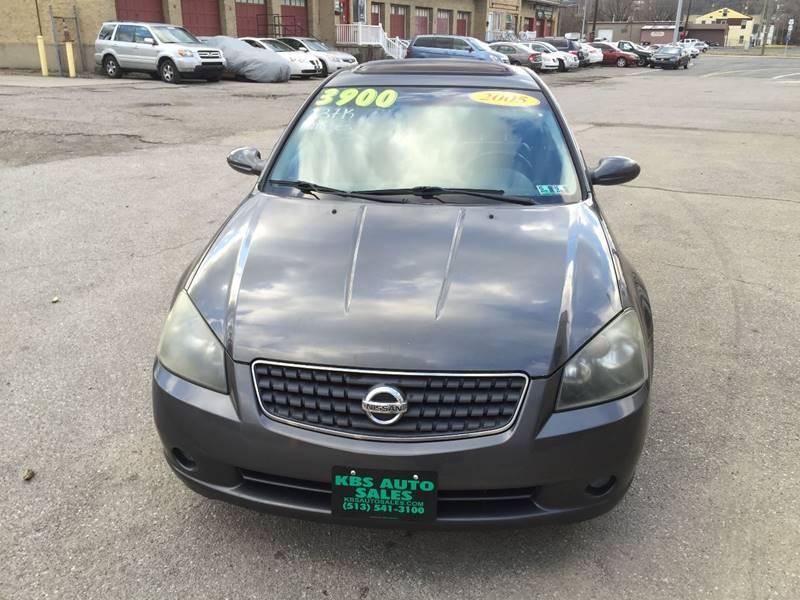 Superb 2005 Nissan Altima 2.5 S 4dr Sedan   Cincinnati OH