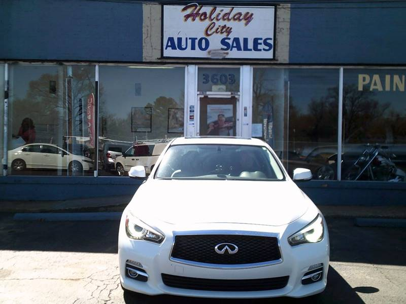 2014 infiniti q50 in memphis tn holiday city auto sales. Black Bedroom Furniture Sets. Home Design Ideas