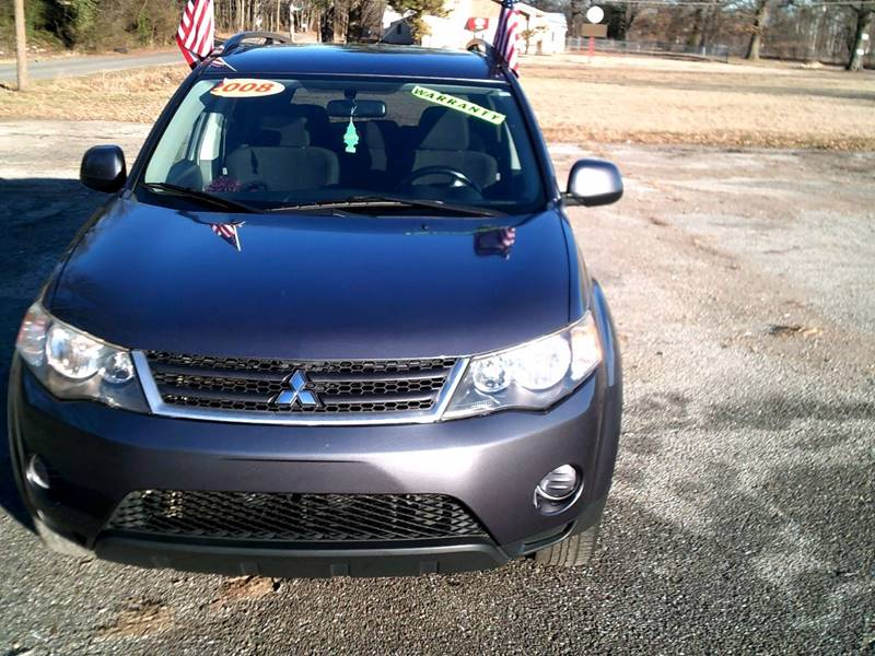 2008 mitsubishi outlander es in memphis tn holiday city auto sales. Black Bedroom Furniture Sets. Home Design Ideas