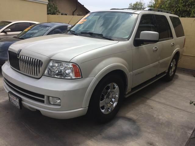 2005 Lincoln Navigator for sale at Auto Emporium in Wilmington CA