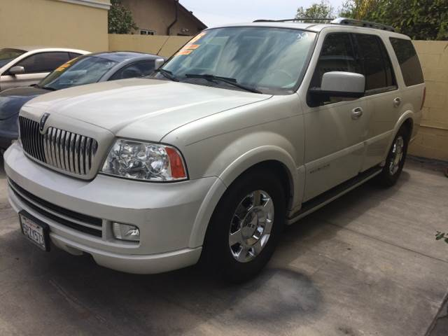 2005 Lincoln Navigator for sale at Auto Emporium in Wilmington CA