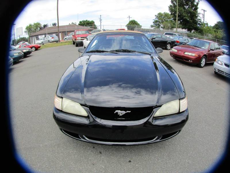 1995 Ford Mustang 2dr Convertible - Charlotte NC