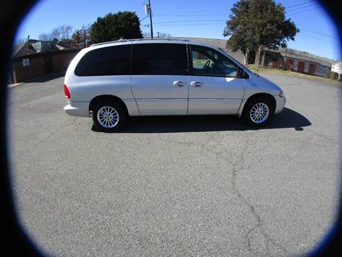 2000 Chrysler Town and Country for sale in Charlotte, NC
