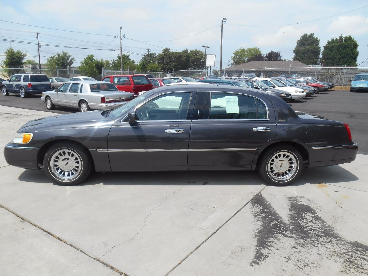 2001 Lincoln Town Car Cartier L 4dr Sedan In Charlotte Nc Mike S
