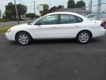 2004 Ford Taurus for sale at Mike's Auto Sales of Charlotte in Charlotte NC