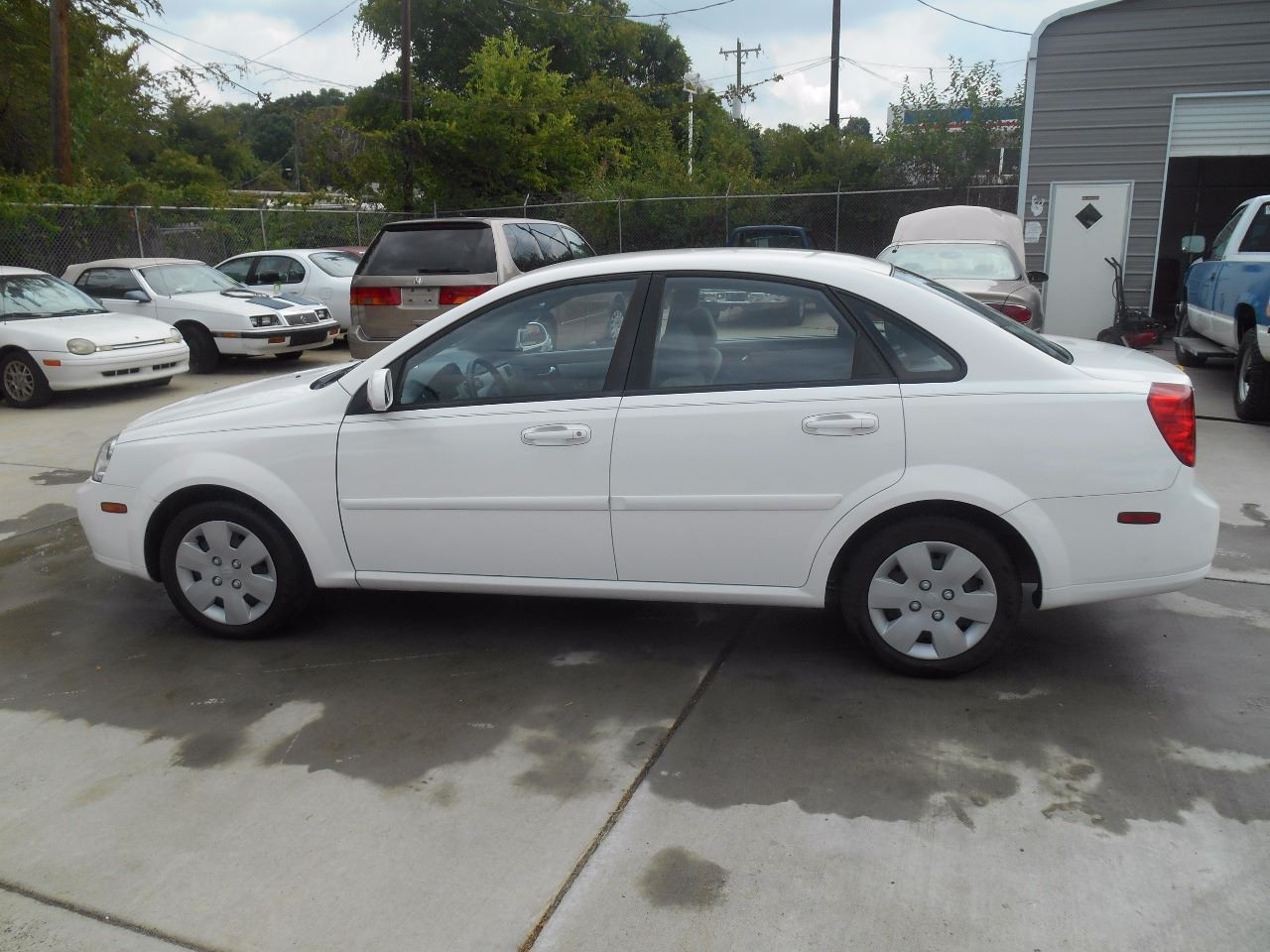 2008 Suzuki Forenza for sale at Mike's Auto Sales of Charlotte in Charlotte NC