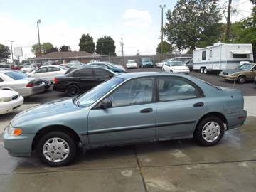 1995 Honda Accord for sale at Mike's Auto Sales of Charlotte in Charlotte NC