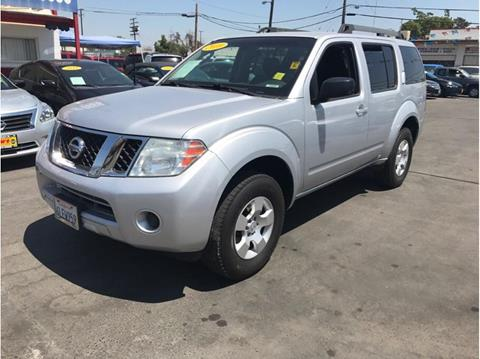 2010 Nissan Pathfinder for sale in Fresno, CA
