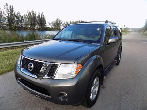 2008 Nissan Pathfinder for sale in Davie, FL