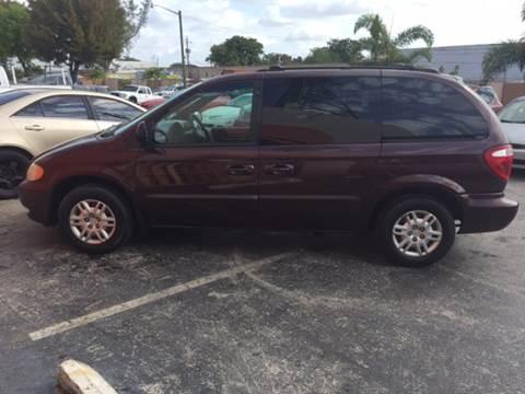 2004 Dodge Caravan for sale in Miramar, FL