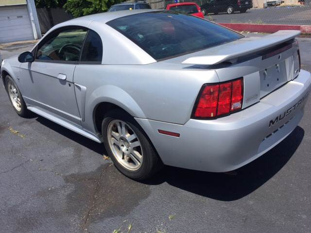2003 Ford Mustang Base 2dr Fastback - Norfolk VA