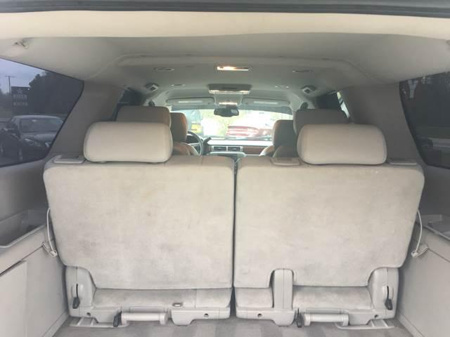 2009 GMC Yukon XL 4x4 SLT 1500 4dr SUV w/ 4SA - Quinton VA