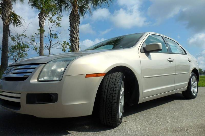 2009 Ford Fusion SE 4dr Sedan - Fort Myers FL