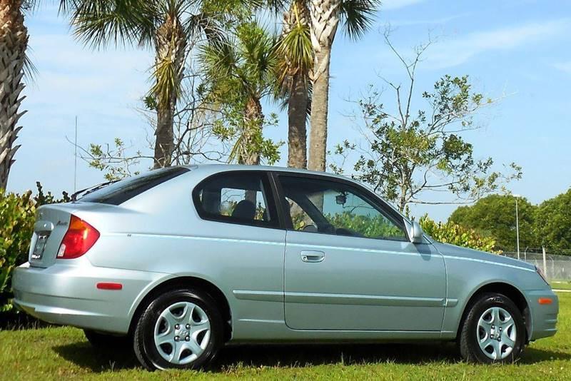 2005 Hyundai Accent GS Hatchback - Fort Myers FL