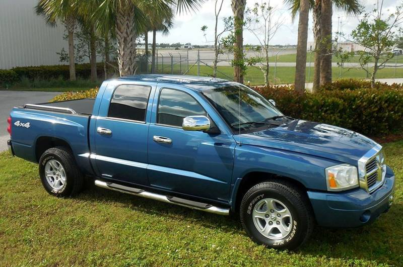 2006 Dodge Dakota for sale at Performance Autos of Southwest Florida in Fort Myers FL