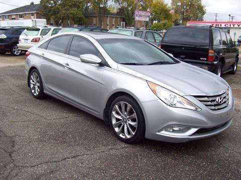 2011 Hyundai Sonata for sale in Minneapolis, MN