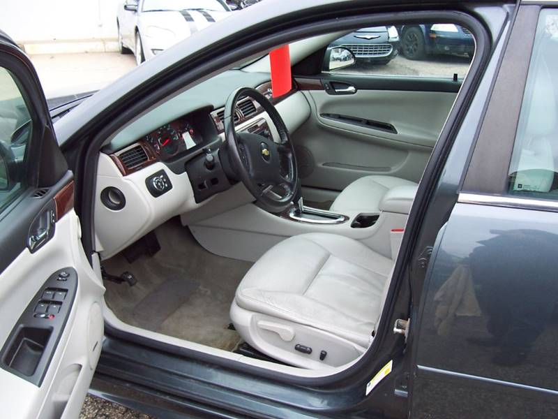 2010 Chevrolet Impala LTZ 4dr Sedan - Minneapolis MN