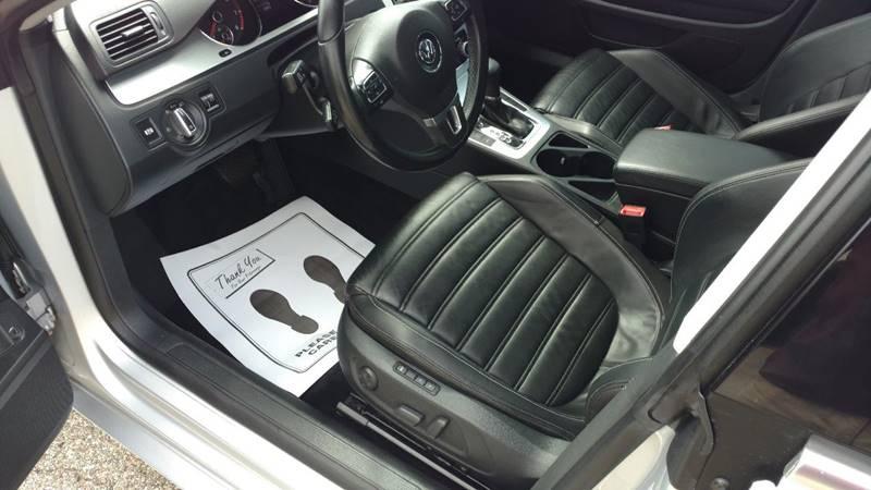 2009 Volkswagen CC Luxury 4dr Sedan - Grand Rapids MI