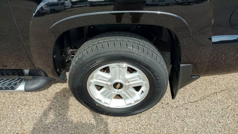 2009 Chevrolet Avalanche 4x4 LT 4dr Crew Cab Pickup w/ 2LT - Grand Rapids MI