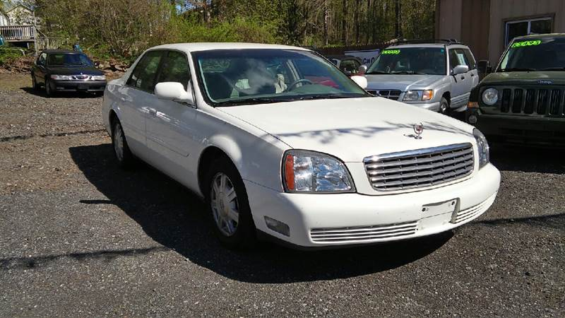2005 Cadillac DeVille 4dr Sedan - North Franklin CT