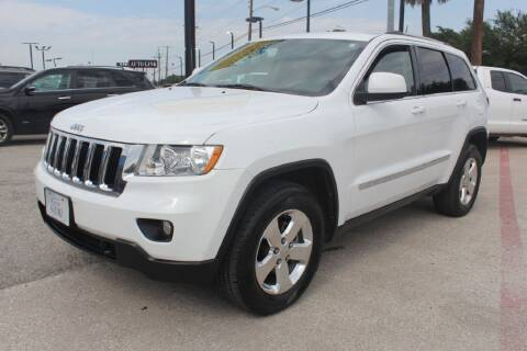 2013 Jeep Grand Cherokee for sale at Flash Auto Sales in Garland TX