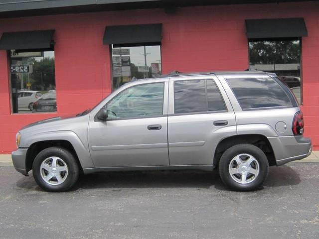 2006 Chevrolet TrailBlazer for sale at Tjelmeland Laketown Automotive in Springfield IL