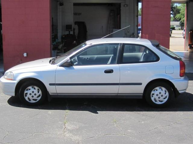 1996 Honda Civic for sale at Tjelmeland Laketown Automotive in Springfield IL