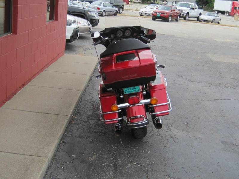 2013 Harley-Davidson Electra Glide for sale at Tjelmeland Laketown Automotive in Springfield IL