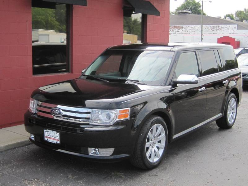 2009 Ford Flex for sale at Tjelmeland Laketown Automotive in Springfield IL