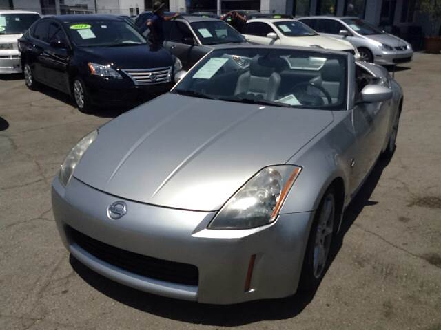 2004 Nissan 350Z Touring 2dr Roadster - Downey CA