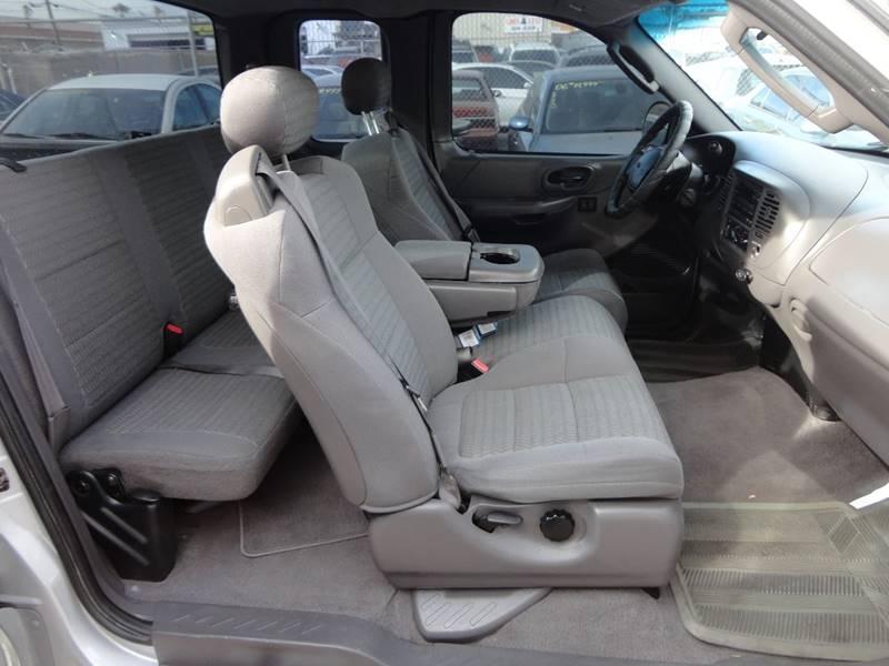 2002 Ford F-150 4dr SuperCab XL 2WD Styleside SB - Las Vegas NV
