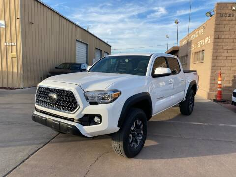 2018 Toyota Tacoma for sale at CONTRACT AUTOMOTIVE in Las Vegas NV