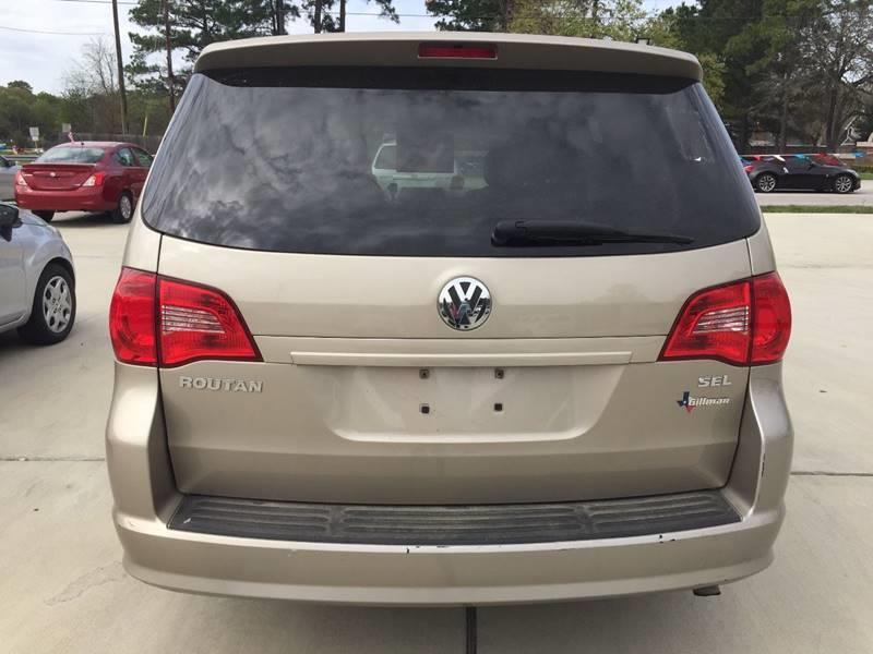 2009 Volkswagen Routan SEL 4dr Mini-Van - Cypress TX