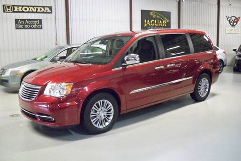 2016 Chrysler Town and Country for sale in Ottawa Lake, MI