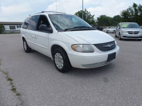 2001 Chrysler Town and Country for sale in Moore, OK