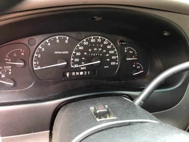 2000 Ford Explorer 4dr XLT 4WD SUV - Somerset KY