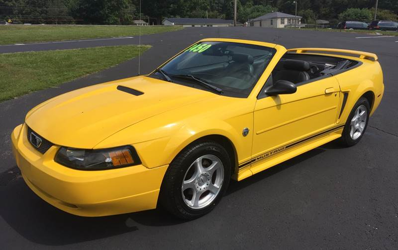 Car Lots In Somerset Ky >> 2004 Ford Mustang Deluxe 2dr Convertible In Somerset Ky Gary Sears