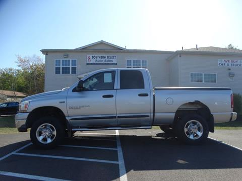 2006 Dodge Ram Pickup 2500 for sale at SOUTHERN SELECT AUTO SALES in Medina OH