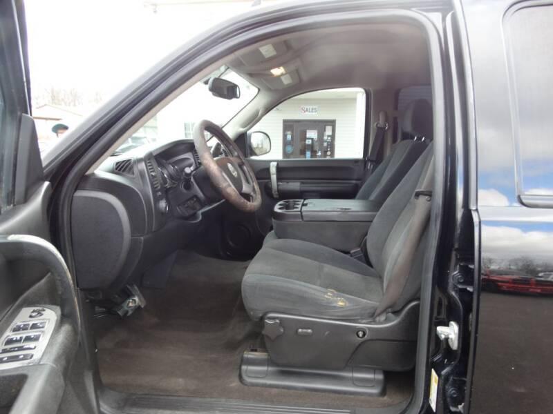 2008 Chevrolet Silverado 1500 (image 12)