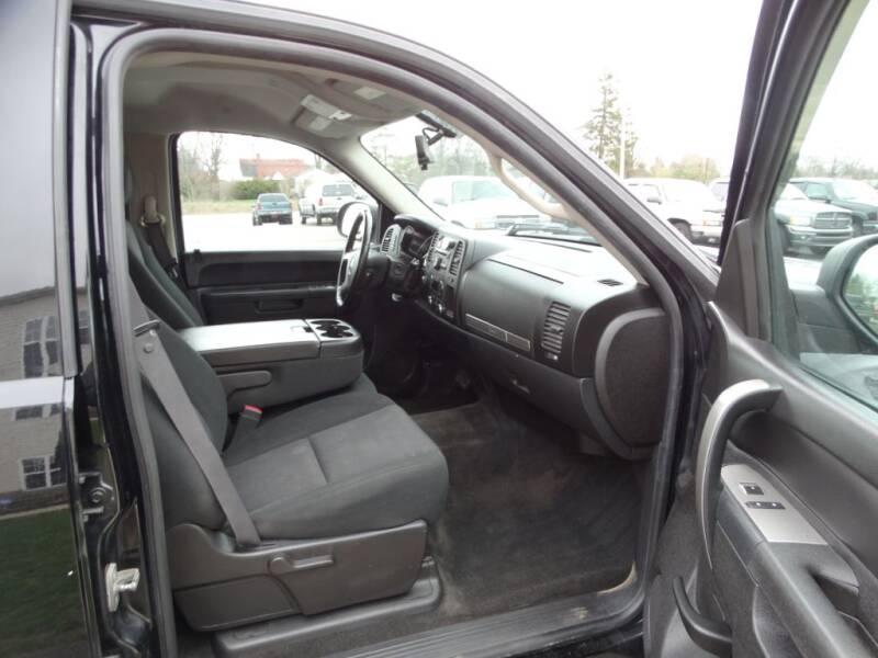 2011 GMC Sierra 1500 SLE (image 13)