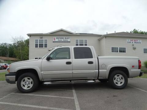 2004 Chevrolet Silverado 1500 for sale at SOUTHERN SELECT AUTO SALES in Medina OH