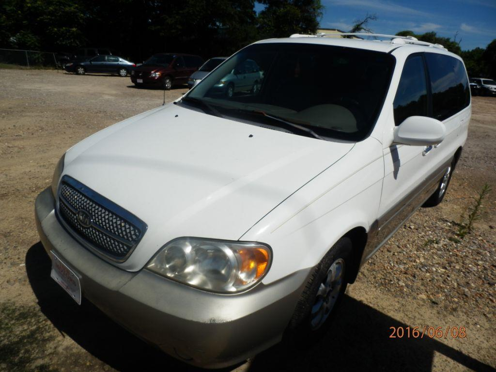 2004 KIA SEDONA white down payment 80000  monthly payment 22500 150249 miles VIN KNDUP131
